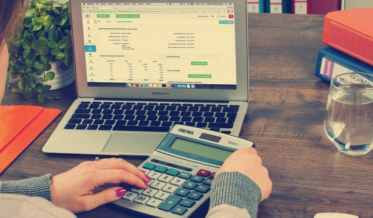 Daňové priznanie je každoročná povinnosť – ako ho podať jednoducho a rýchlo online